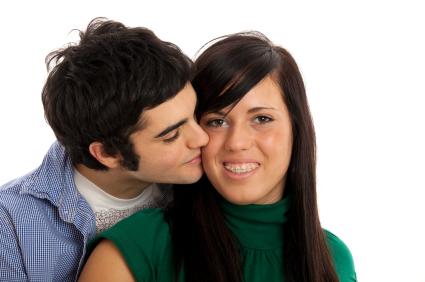 как целоваться с брекетами